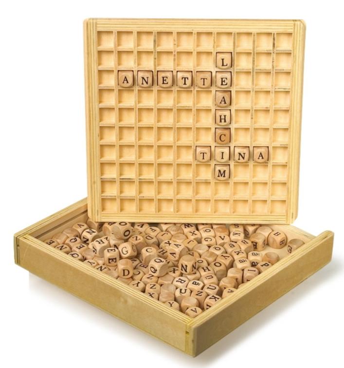 Dřevěná písmenka, skládání slov Legler