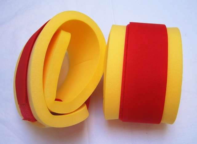 Rukávky - žluté s červeným DENA