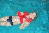 Plavecké pomůcky - tip na kombinace plovák ryba použijete i při plavání na zádech