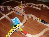 Dřevěné vláčky - inspirace jiný pohled na vláčkodráhu - horský tunel, uhelná stanice
