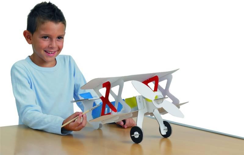 Letadlo z kartonu - kreativní skládačka
