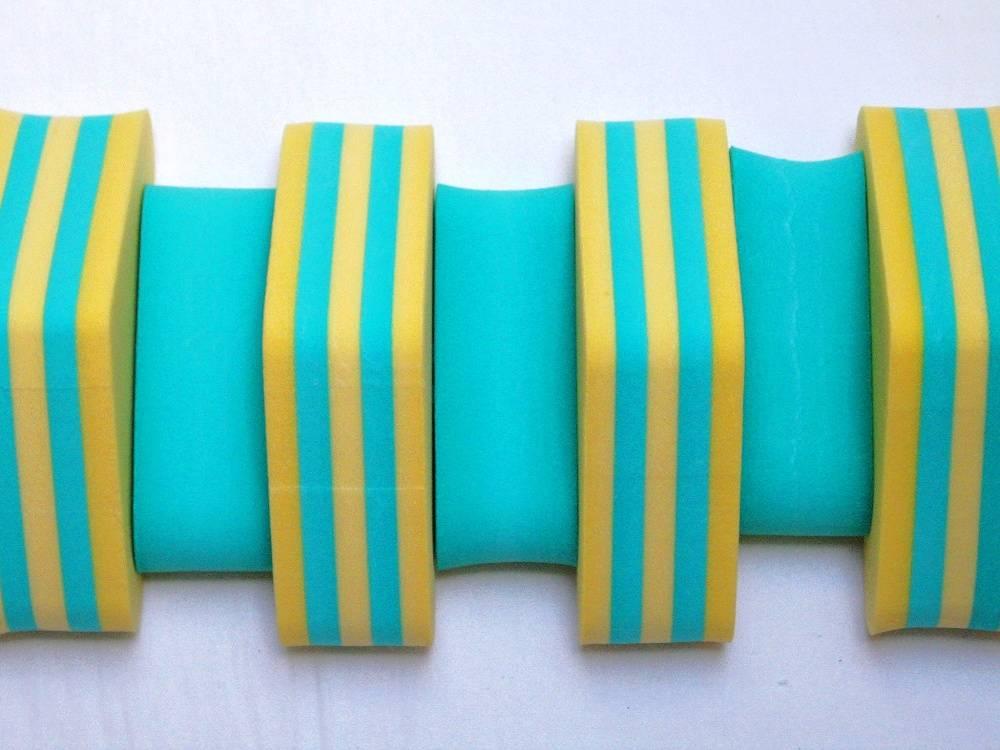 PLAVECKÝ PÁS PRUHOVANÝ - kombinace žlutá-zelená 11 dílků DENA