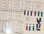 Výukové kartičky Oskola - Porovnávání čísel s kolíčky