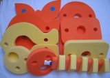 značka Dena - barva žlutá, oranžová