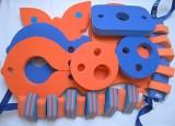 značka Dena - barva modrá, oranžová