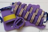 žluto-fialová kombinace pruh