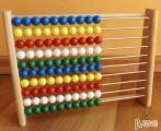 Dřevěné počítadlo s kuličkami abakus